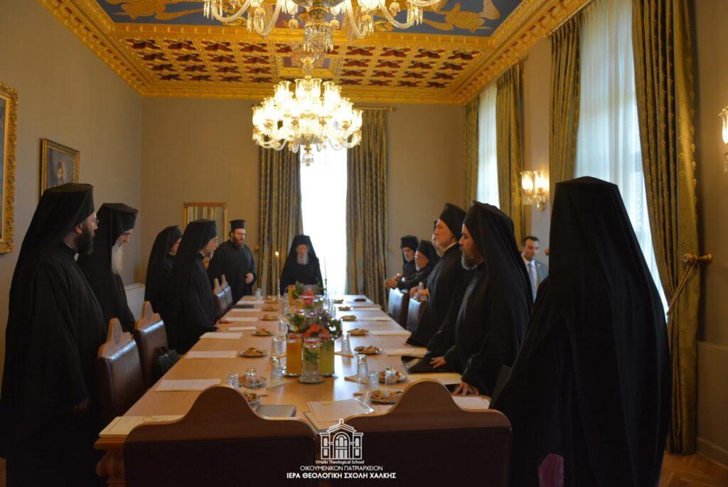 Συνεδριάζει η Ιερά Σύνοδος του Οικουμενικού Πατριαρχείου στη Σχολή Χάλκης, υπό την Προεδρία του Οικ. Πατριάρχη