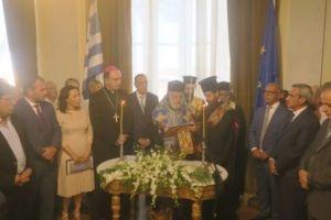 Ο Μητροπολίτης Δωρόθεος όρκισε τον νέο δήμαρχο Σύρου
