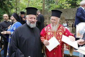 Ο Πατριάρχης Βαρθολομαίος λειτούργησε πάνω στα ερείπια της Παναγίας Φανερωμένης στην Κύζικο