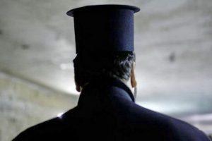 Ιερέας αρνήθηκε να κοινωνήσει ΑμεΑ: «Δεν καταλαβαίνουν, μπορεί να το φτύσουν»