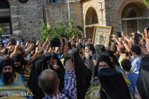 H εορτή της Κοιμήσεως της Θεοτόκου στην  Ιερά Μονή Ιβήρων Αγίου Όρους με προεξάρχοντα τον Σεβ. Λαγκαδά Ιωάννη