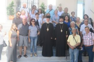Ο Μητροπολίτης Σύρου υποδέχθηκε εκδρομείς από την Κύπρο
