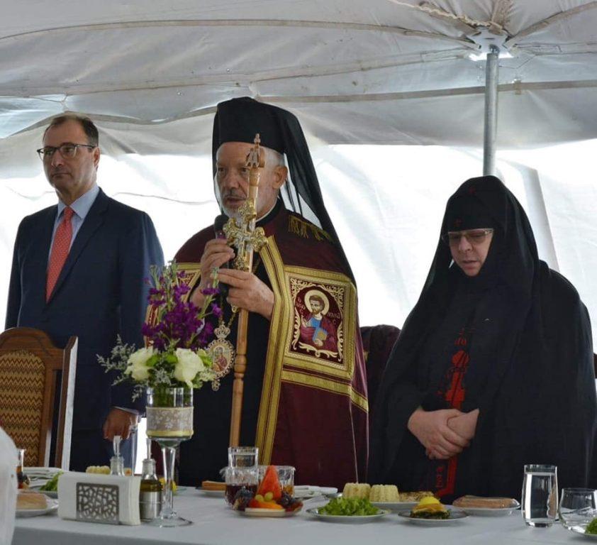 You are currently viewing Η εορτή της Αποδόσεως στην Ιερά Μονή της Παναγίας Παρηγορήτισσας στο Quebec στον Καναδά