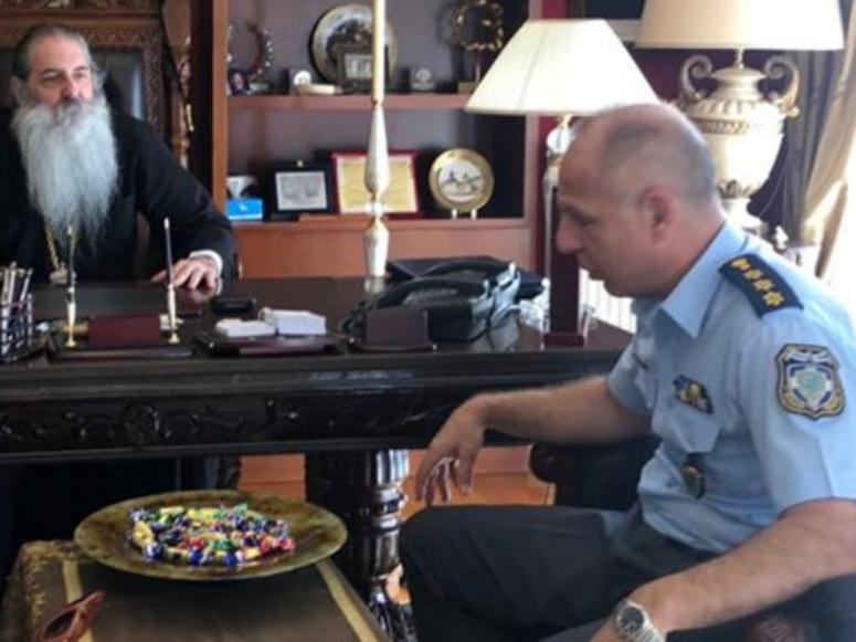 You are currently viewing Επίσκεψη του Αστυνομικού Διευθυντού Τροχαίας Αττικής κ.Σ.Λάσκου στον Σεβ.Μητρ.Πειραιώς κ.Σεραφείμ.