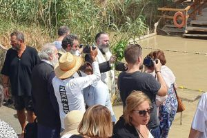 Ο Αρχιεπίσκοπος Αυστραλίας Μακάριος στον Ιορδάνη Ποταμό