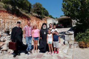 Ευλογημένη Κυριακή σε ορεινό χωριό για τον αεικίνητο Σεβ. Μάνης Χρυσόστομο