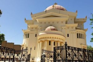 Ιστορικές στιγμές στο Κάιρο- Ηχούν σε λίγο οι καμπάνες του Ιερού Ναού των Αγίων Κωνσταντίνου και Ελένης