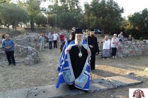 Σε κλίμα μυσταγωγίας, ο Αρχιερατικός Εσπερινός στη «Βασιλική του Οσίου Νίκωνος» στη Λακεδαίμονα