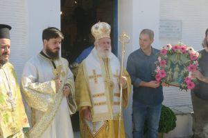 """Ο Μητροπολίτης Σύρου Δωρόθεος από την Άνδρο: """"Να μετασχηματίσουμε τη ζωή μας σε ζωή Χριστού"""""""