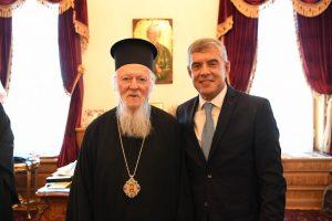 Ο Οικουμενικός Πατριάρχης στον πανηγυρίζοντα Ι.Ναό του Αγίου Φωκά Μεσαχώρου