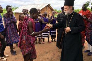 Ο Μητροπολίτης που έχει βαπτίσει 60.000 Ορθοδόξους Χριστιανούς!