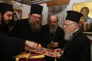 Ο Πατριάρχης επισκέφθηκε Σκήτες στο Άγιο Όρος