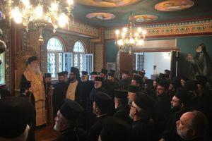 Ο Ιερός Κλήρος της  Ι.Μ. Περιστερίου τίμησε τον Σεβ. Ποιμενάρχη του κ. Κλήμη με την ευκαιρία της συμπλήρωσης 5 ετών Αρχιερωσύνης