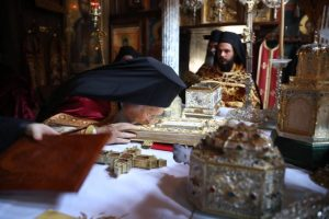 Λίγο πριν το τέλος  της ιστορικής επίσκεψης του Οικουμενικού Πατριάρχη στο Περιβόλι της Παναγίας