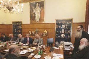 Συνεδρίασε το Μητροπολιτικό Συμβούλιο παρουσία του Αρχιεπισκόπου- Ανέλαβε προεδρεύων ο νέος Πρωτοσύγκελλος π. Βαρνάβας
