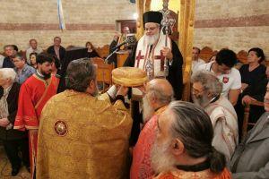 Ο Μητροπολίτης Βρεσθένης στον εορτάζοντα ναό του Αγ. Δημητρίου Ερμουπόλεως
