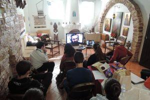 Από την ακριτική Σάμο μέσω Skype με τα παιδιά της Ευαγγελίστριας Πειραιά