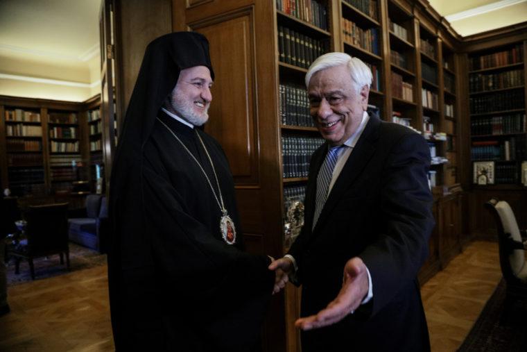 Βαρθολομαίος και ο Παυλόπουλος ευχήθηκαν τηλεφωνικώς στον Ελπιδοφόρο