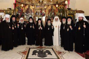 Η Εσταυρωμένη Μεγάλη Εκκλησία και οι «Πόντιοι Πιλάτοι»… Του Αρχιμ. Ρωμανού Αναστασιάδη