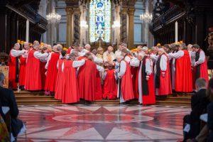 Καρναβαλώντας: Η Αγγλικανική Εκκλησία Χειροτόνησε δυο νέες επισκόπους
