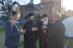 Κοντά στους σεισμοπαθείς από την πρώτη στιγμή ο Αρχιεπίσκοπος Αλβανίας Αναστάσιος