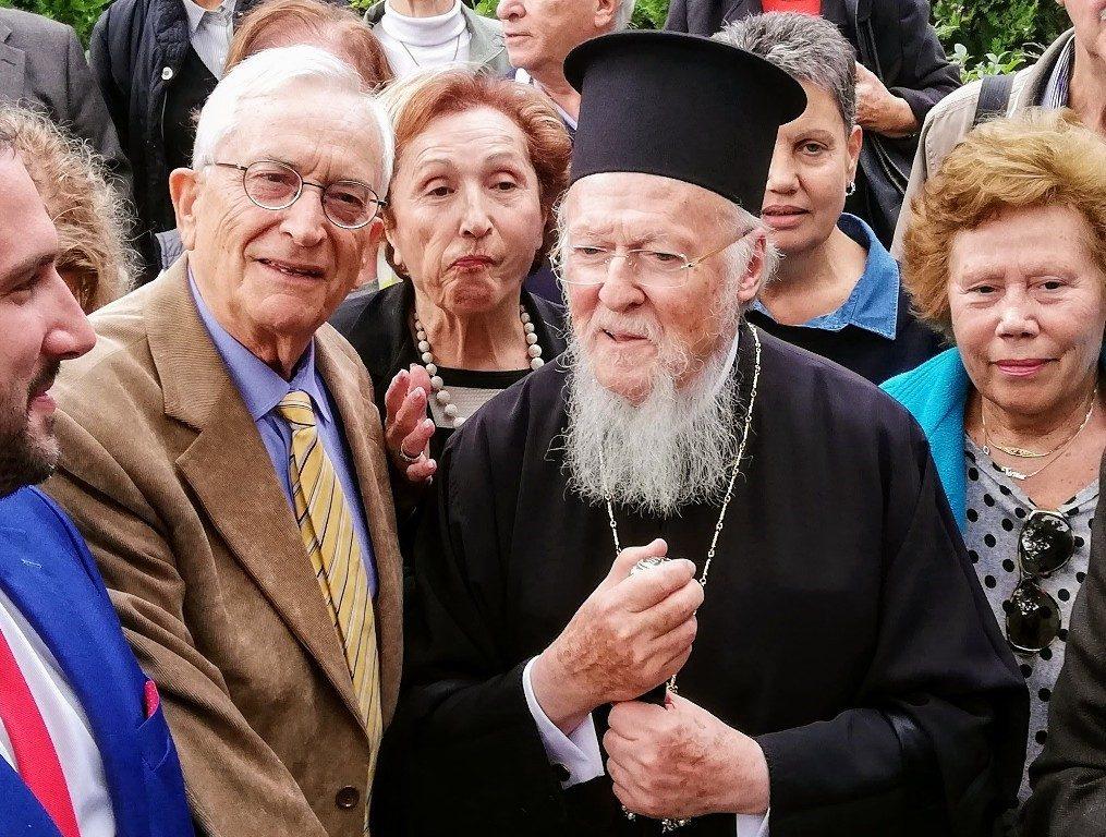 Θερμή επιστολή στους Καθηγητές της Εκκλησιαστικής Ιστορίας Αθανάσιο Αγγελόπουλο και Εμμανουήλ Καραγεωργούδη, απέστειλε ο Οικουμενικός Πατριάρχης κ.Βαρθολομαίος.