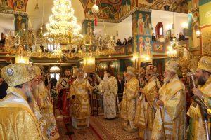 Η πρώτη Θεία Λειτουργία του Μητροπολίτη Καλαβρύτων στην Καθέδρα του