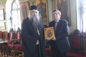 """Μετά την επίσκεψή του στην αντιπροσωπεία της Μονής Εσφιγμένου ο κ.Αθ. Μαρτίνος δήλωσε :""""Περιουσία του Ελληνικού λαού υπό κίνδυνο το κτήριο της Μονής Εσφιγμένου"""""""