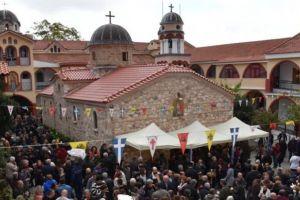Χιλιάδες λαού για τον Αγιο Ιάκωβο (Τσαλίκη) στη Μονή Οσίου Δαυίδ