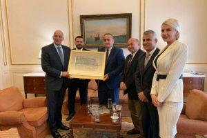 """""""Η Ελλάδα σταθερά δίπλα στην ελληνική μειονότητα της Αλβανίας"""""""