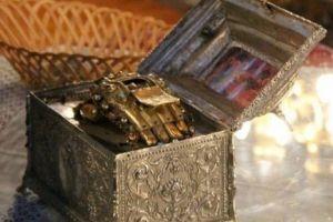 Υποδοχή Τιμίας Χειρός Αγ. Ιωάννου  Χρυσοστόμου και πρόγραμμα ονομαστηρίων  Μητροπολίτου Μεσσηνίας