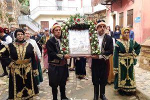 Στην Μητρόπολη Χίου μία Μικρασιάτισσα Παναγιά 118 ετών, για να συνεορτάσει τους Πολιούχους του νησιού