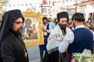 Τα Χανιά υποδέχτηκαν την Παναγία του Τιχβίν που φυλάσσεται στο προσκύνημα της Αγίας Βαρβάρας