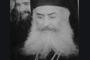 Επιμνημόσυνη δέηση στον τάφο του Μακαριστού Αρχιεπισκόπου Σεραφείμ