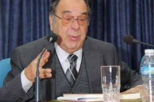Έφυγε από τη ζωή ο Αναστάσιος Μαρίνος Αντιπρόεδρος επί τιμή του Συμβουλίου Επικρατείας και στενός συνεργάτης του Μακαριστού Αρχιεπιακόπου Χριστοδούλου καθ´όλη τη δεκαετία της Αρχιεπισκοπείας του.
