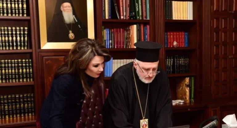 Γιάννα Αγγελοπούλου : Τι είπα με τον φωτισμένο Αρχιεπίσκοπο Αμερικής
