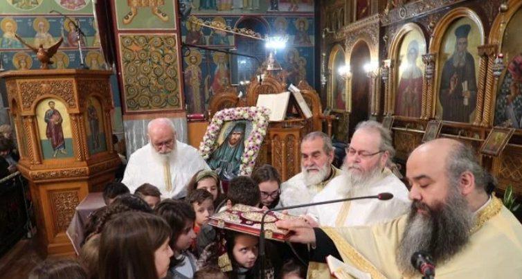 ΛΑΜΙΑ: Κοσμοσυρροή για το Ιερό Λείψανο του Οσίου Νικηφόρου του Λεπρού