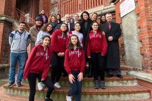 Το Υπ. Παιδείας κοντά στα σχολεία της Πόλης και της Ίμβρου