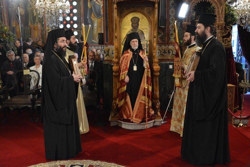 Λαμπρός ο εορτασμός της Παναγίας Υπαπαντής στην Καλαμάτα παρουσία του ΠτΔ κ. Παυλόπουλου και εννέα Ιεραρχών