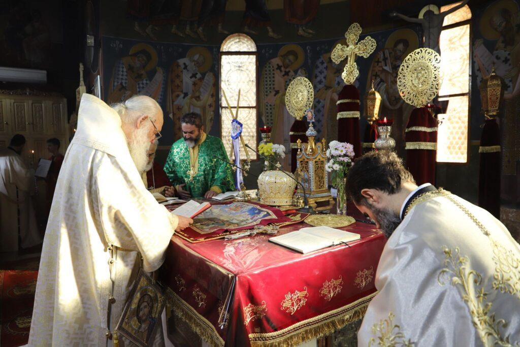 """Αρχιεπίσκοπος Ιερώνυμος: """"Ουαί τη Αθλία"""" για την Εύα, """"Μακαρία Ευλογημένη"""" για την Παναγία"""