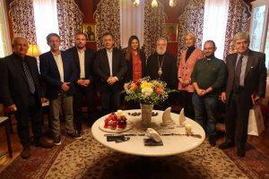 Την Υφυπουργό Παιδείας υπεδέχθη σήμερα ο Σεβ.Σύρου στην Ερμούπολη