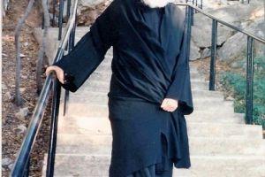 Το συγκινητικό αποχαιρετιστήριο μήνυμα του Σταμάτη Σπανουδάκη στον αείμνηστο π. Ηλία Μαστρογιαννόπουλο