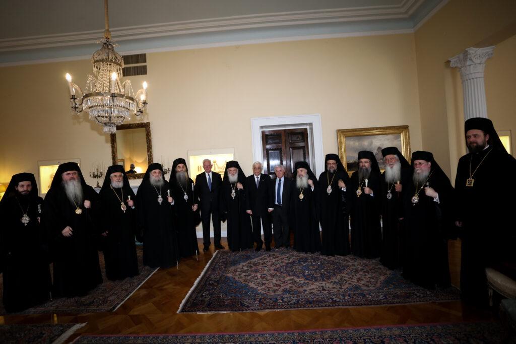 Επίσημο γεύμα του ΠτΔ προς τον Αρχιεπίσκοπο Πρόεδρο της ΔΙΣ και τα μέλη της Συνόδου.
