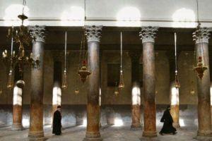 Ο κορωνοϊός κλείνει την Βασιλική της Γεννήσεως στη Βηθλεέμ