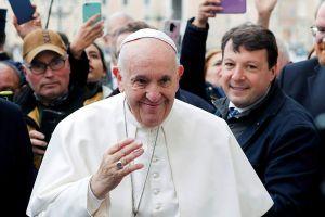 Βατικανό: Μέσω διαδικτύου πλέον όσοι θέλουν να δουν τον Πάπα που … «φοβάται» τον κορονοϊό