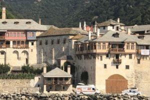 Μονή Ξενοφώντος στο Άγιο Όρος για κορονοϊό: Ας αναλάβουμε τις ευθύνες απέναντι του πλησίον