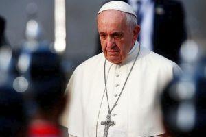 """Παγκόσμια ανησυχία για το """"κρυολόγημα"""" του Πάπα Φραγκίσκου"""