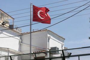 Τούρκος που μένει στην Ελλάδα ο δωρητής του εξοπλισμού 300.000 ευρώ στο ΕΣΥ ,μέσω της Εκκλησίας της Ελλάδος