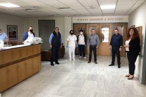 Προσφορά υγειονομικού υλικού στο Γηροκομείο Πειραιώς από τον Βουλευτή Πειραιώς Κ.Κατσαφάδο.