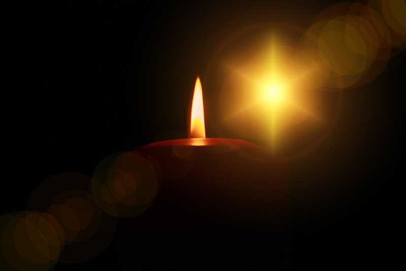 """Αρχιεπίσκοπος Ιερώνυμος: """"Δεν υπάρχει Άγιο Φως 1ης ή 2ης κατηγορίας"""""""